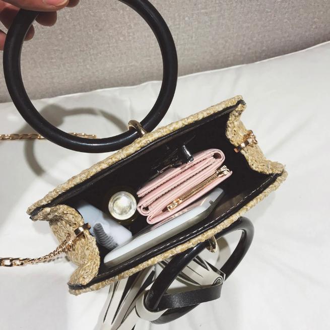 sac osier rond à bandoulière - Chic & Choc intérieur plein