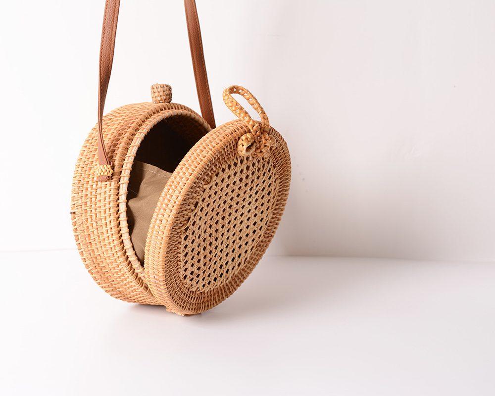 sac osier rond à bandoulière - Simple Style intérieur