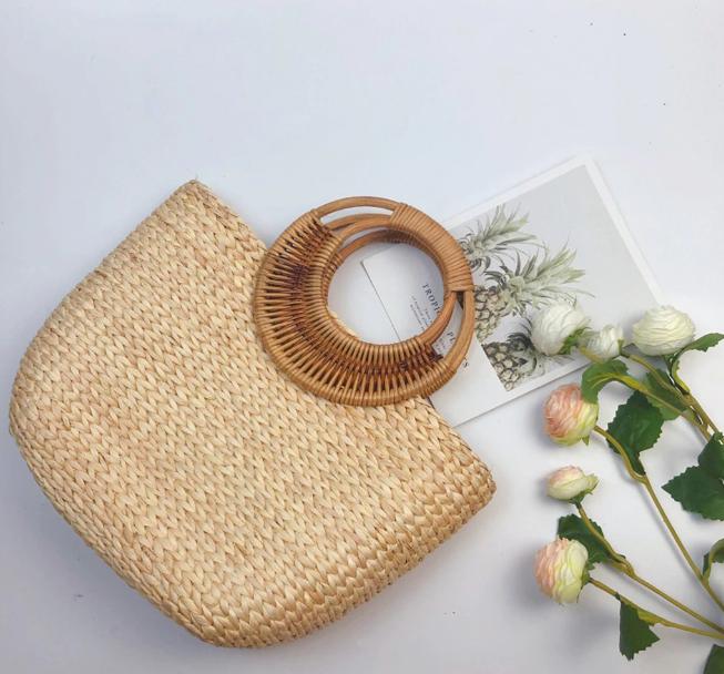 sac osier de plage - circle bag couché